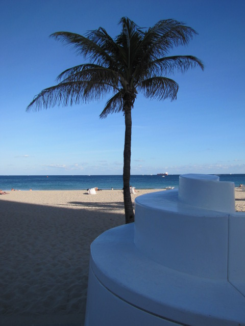 FLL beach